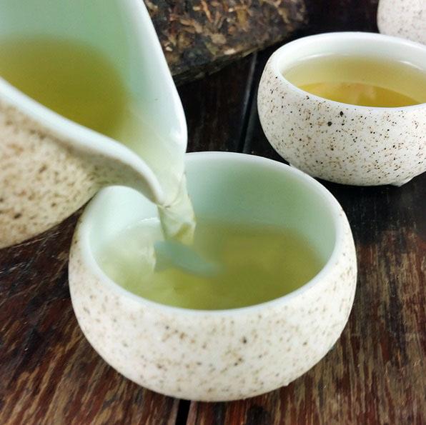 Raw Pu-Erh (LAO BAN ZHANG / 2015 m.) arbata (250 g.)