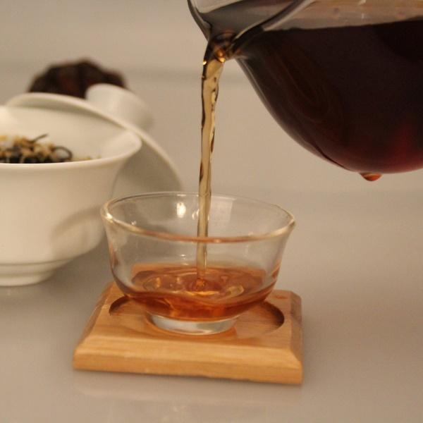 Ripe Pu-Erh (su CHRIZANTEMŲ ŽIEDAIS / 2012 m.) arbata (30/50/100 g.)