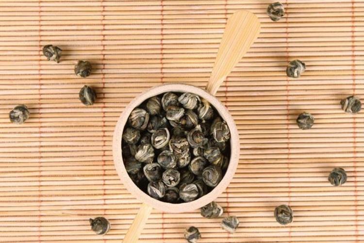 DRAKONO PERLAI žalioji jazminų arbata (30/50/100 g.)