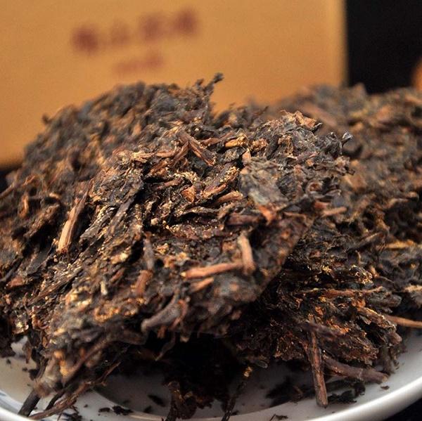 AN HUA (Bai Sha Xi Classic: 1953 FU CHA / 2017, 2018 m.) juodoji arbata (338 g.)