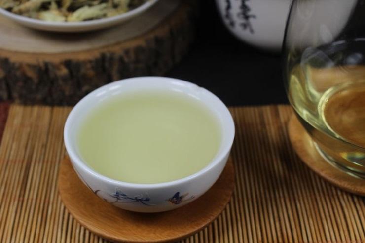 Laukinio arbatmedžio pumpurėlių baltoji arbata (30/50/100 g.)