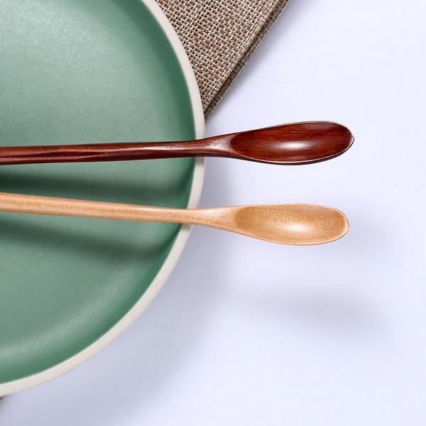 Medinis arbatos šaukštelis (1 vnt.)