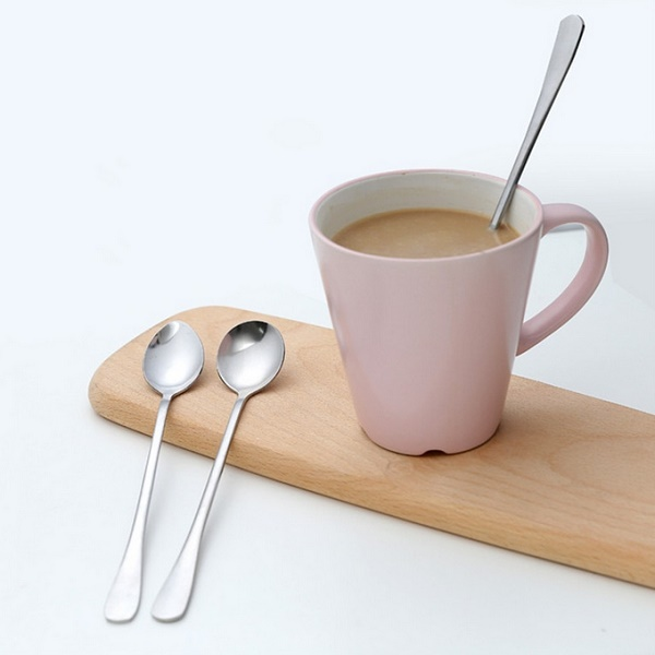 Plieninis arbatos šaukštelis (1 vnt.)