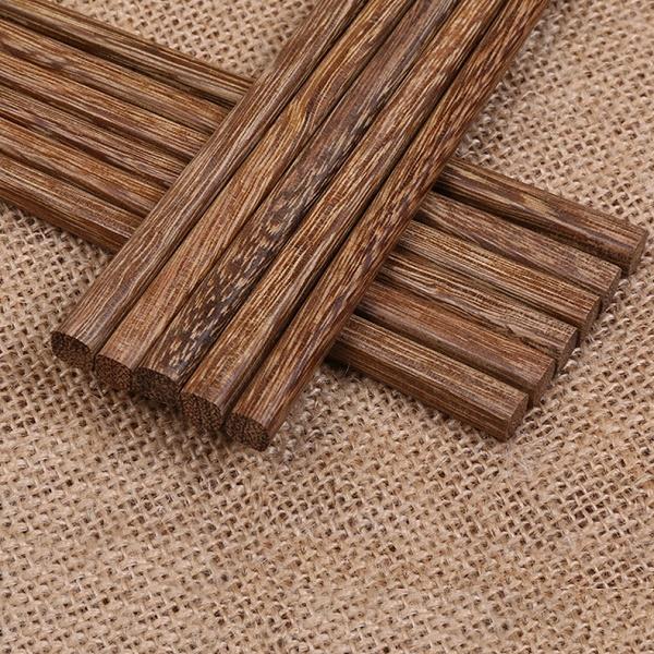 Medinės valgymo lazdelės (1 pora)