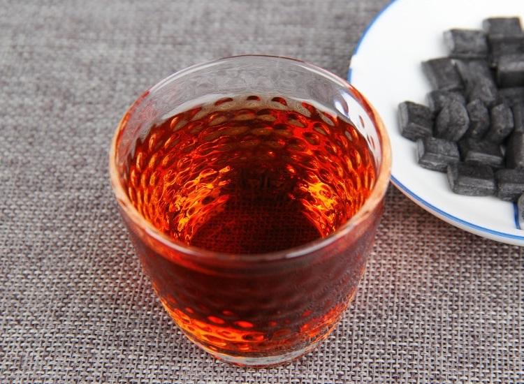 Ripe Pu-Erh (CHA GAO / 2005 m.) tirpi arbata (5/10/30 g.)